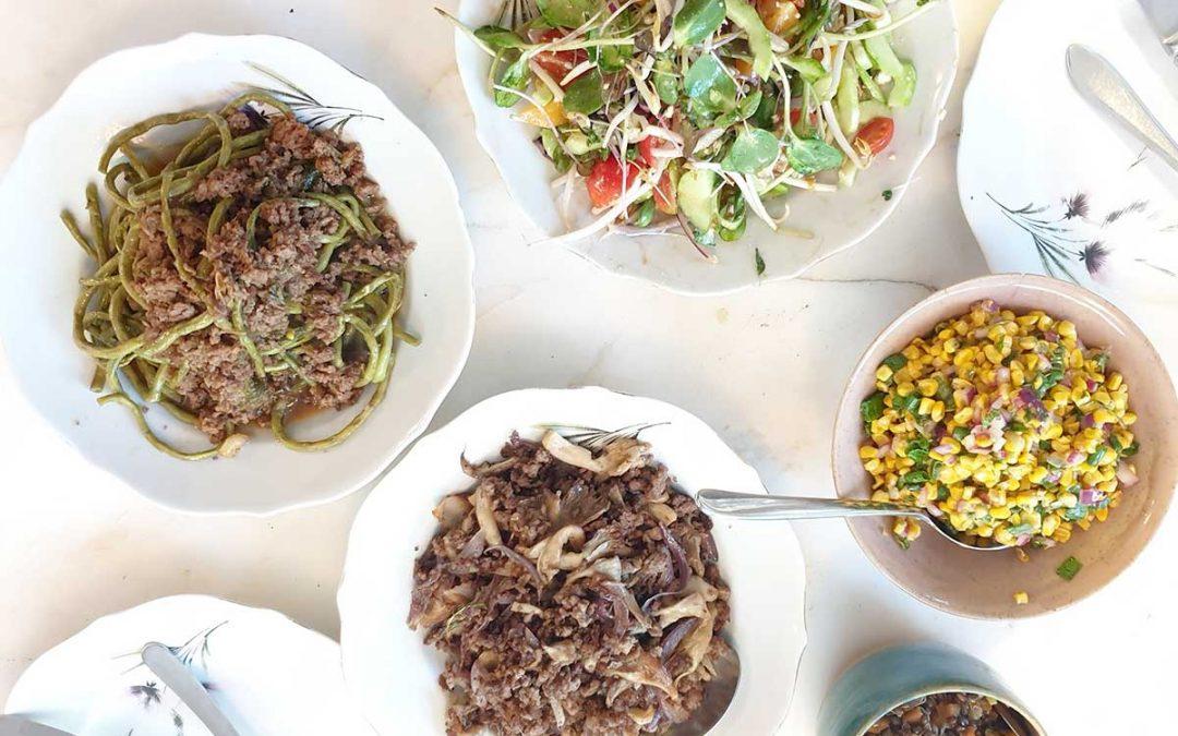 שעועית תאילנדית ובשר טחון